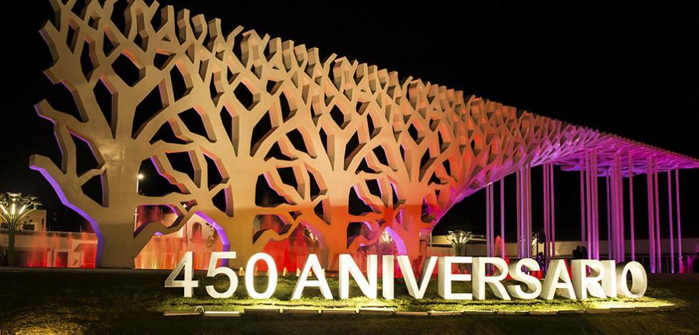 Monumento Hito 450